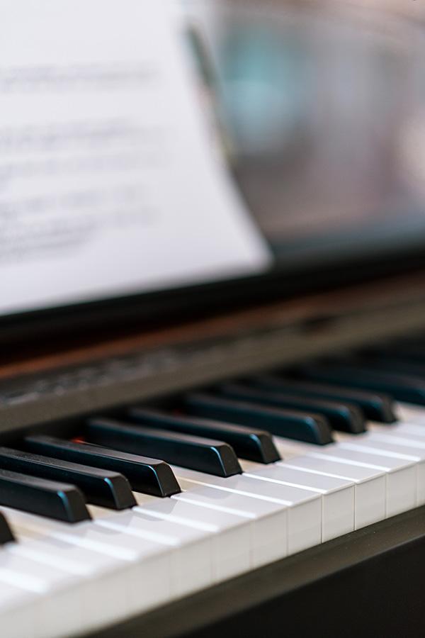 De Popzangschool zangles piano